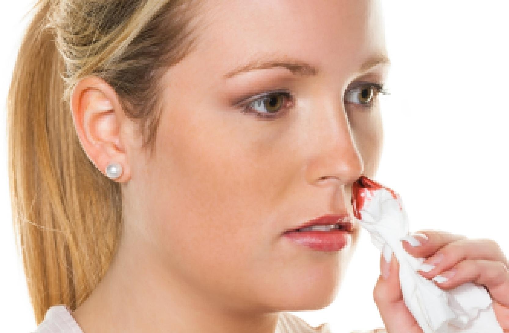 Как сделать раствор для промывания носа комаровский